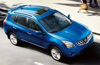 2011 Nissan Rogue, front three quarter view , manufacturer, exterior