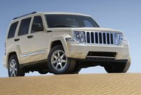 2011 Jeep Liberty, front three quarter view , exterior, manufacturer