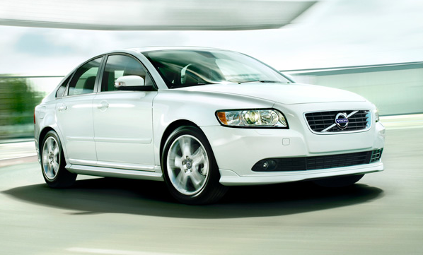 2011 Volvo S40, front three quarter view , exterior, manufacturer