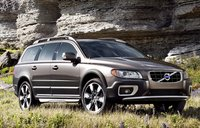 2011 Volvo XC70, front three quarter view , exterior, manufacturer