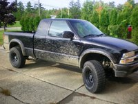 Picture of 2001 Chevrolet S-10 2 Dr LS 4WD Extended Cab SB, exterior, gallery_worthy
