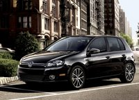 2011 Volkswagen Golf Overview