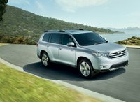 2011 Toyota Highlander, front three quarter view , manufacturer, exterior