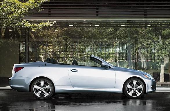 2011 Lexus IS C