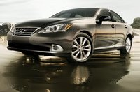2011 Lexus ES 350, front three quarter view , exterior, manufacturer