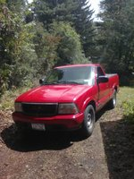 1999 GMC Sonoma 2 Dr SL Standard Cab LB, Look at that, you cant even see the rust or the dents in the box! and their all on the drivers side haha. Good beauty shot of the truck. Dident even wash it, e...