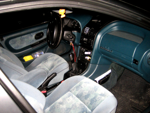 Picture of 1996 Renault Laguna, interior