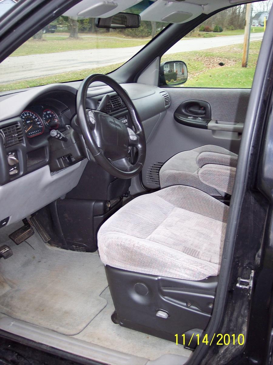 2001 pontiac montana interior pictures cargurus. Black Bedroom Furniture Sets. Home Design Ideas