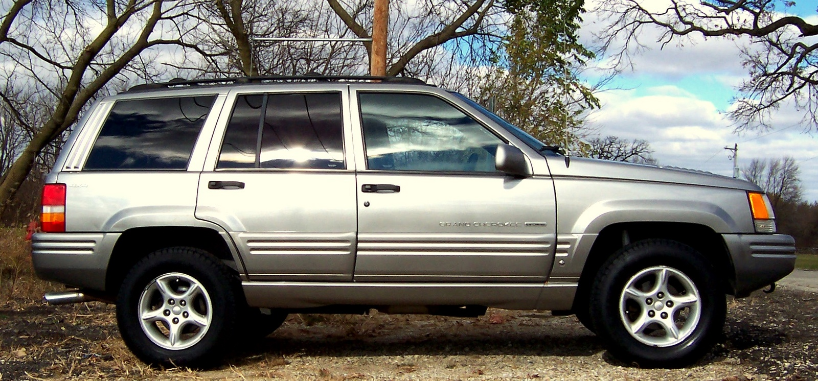picture of 1998 jeep grand cherokee 5 9 limited 4wd exterior. Cars Review. Best American Auto & Cars Review