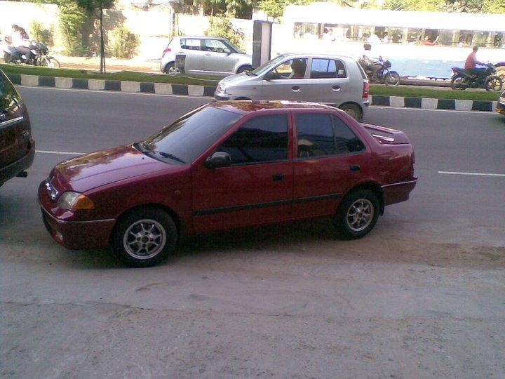 1999 Suzuki Esteem 4 Dr GLX Sedan, Fresh Look : Hey Mr.1999 you look ...