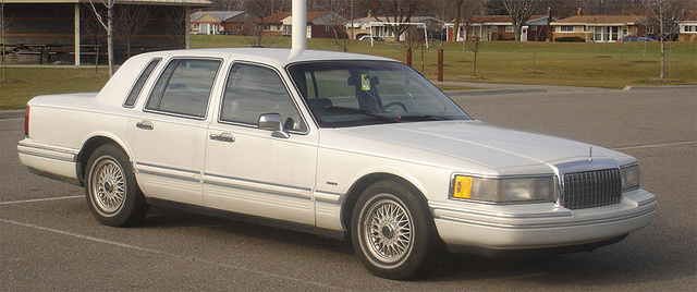 Picture of 1992 Lincoln Continental Executive FWD, exterior, gallery_worthy