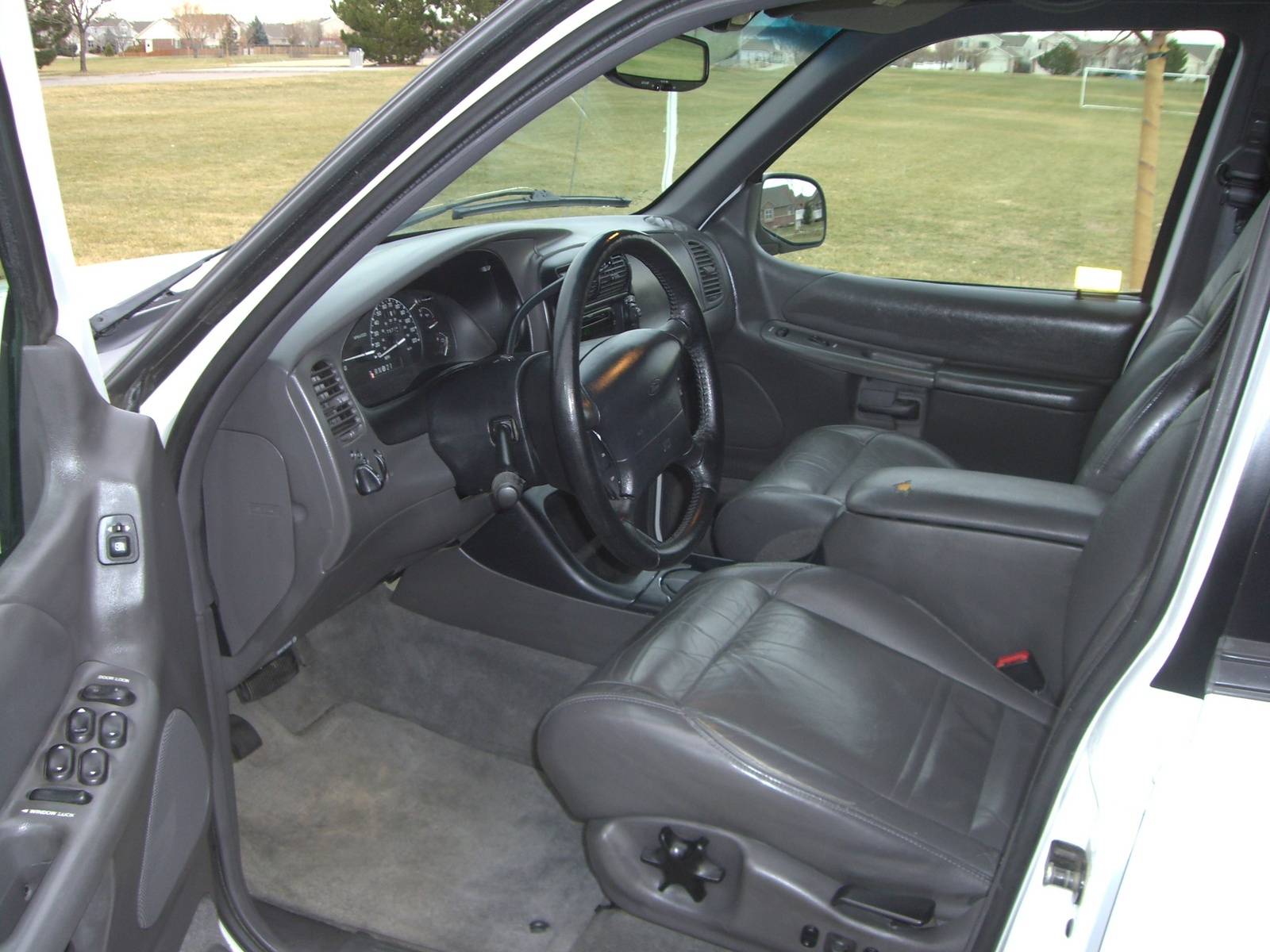 1999 Ford Explorer Interior Pictures Cargurus