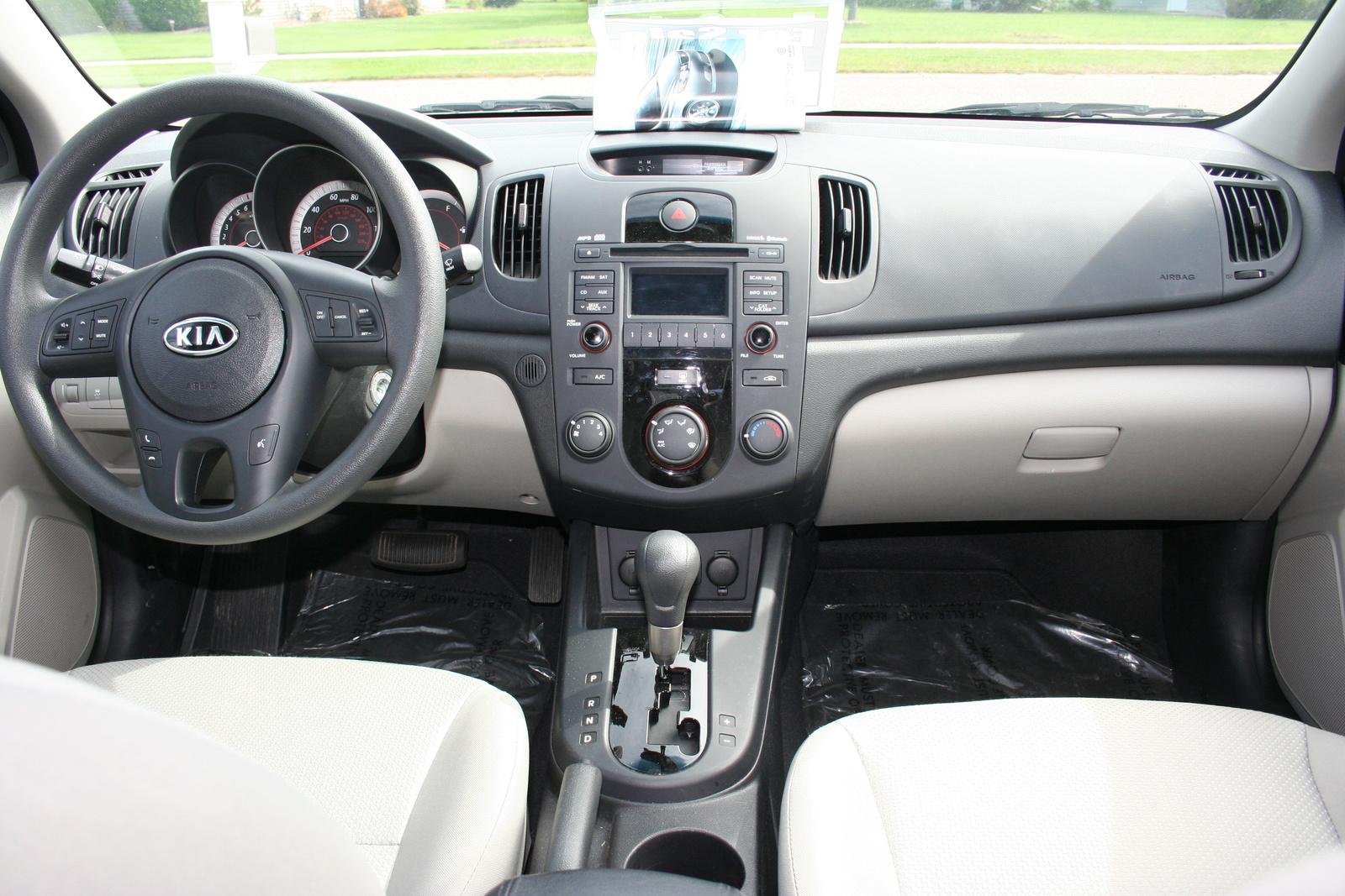 2010 Kia Forte Interior Pictures Cargurus
