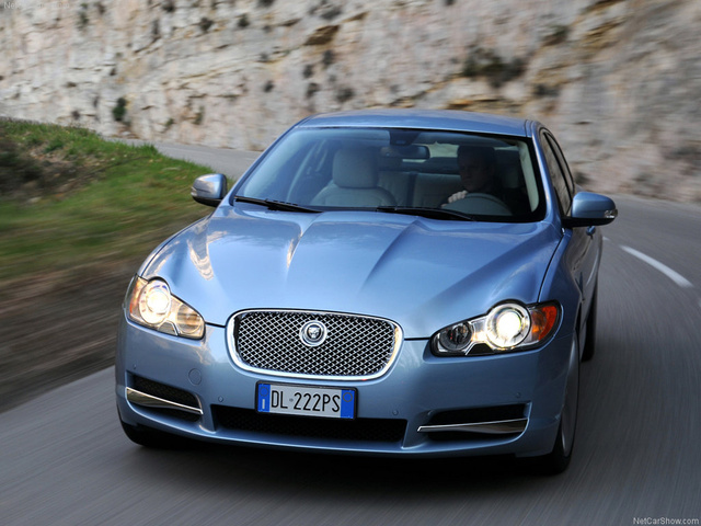 Picture of 2010 Jaguar XF