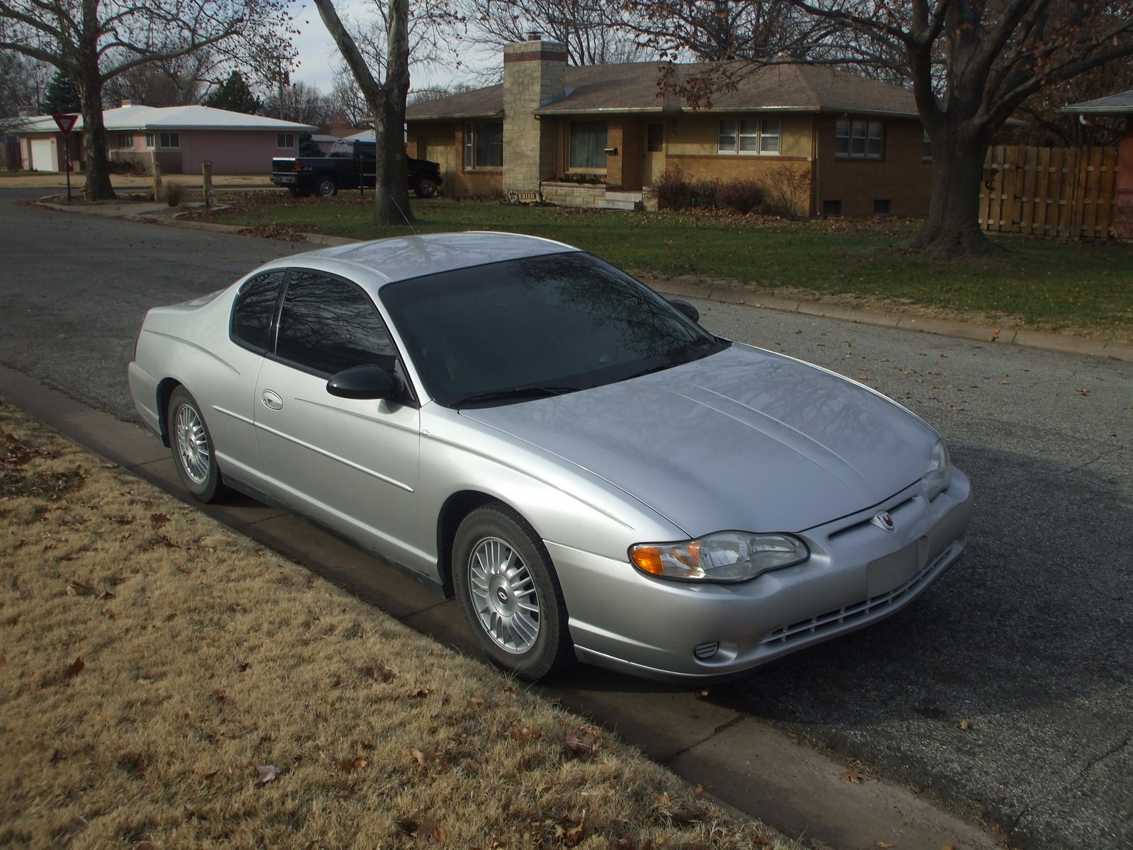 used 2003 chevrolet monte carlo review specs photos html. Black Bedroom Furniture Sets. Home Design Ideas