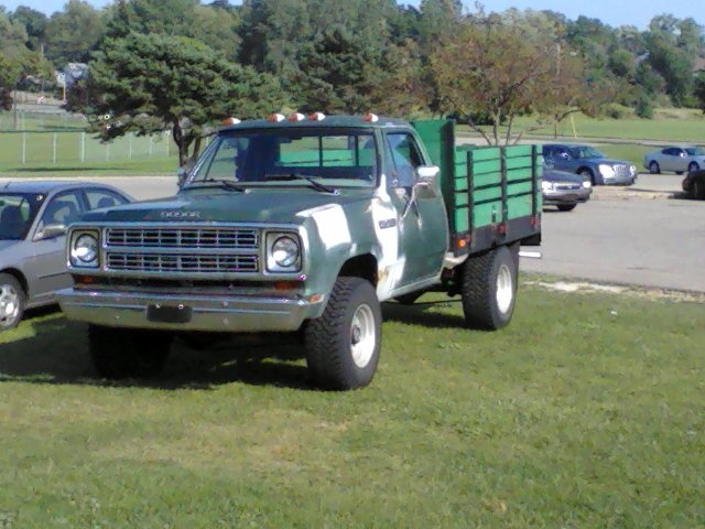 dodge power wagon questions     dodge power wagons