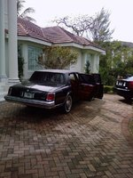 1976 Cadillac Seville, '76 classic to be restored Black on Gucci Red, exterior