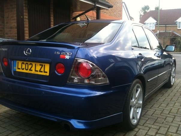 Picture of 2002 Lexus IS 200t