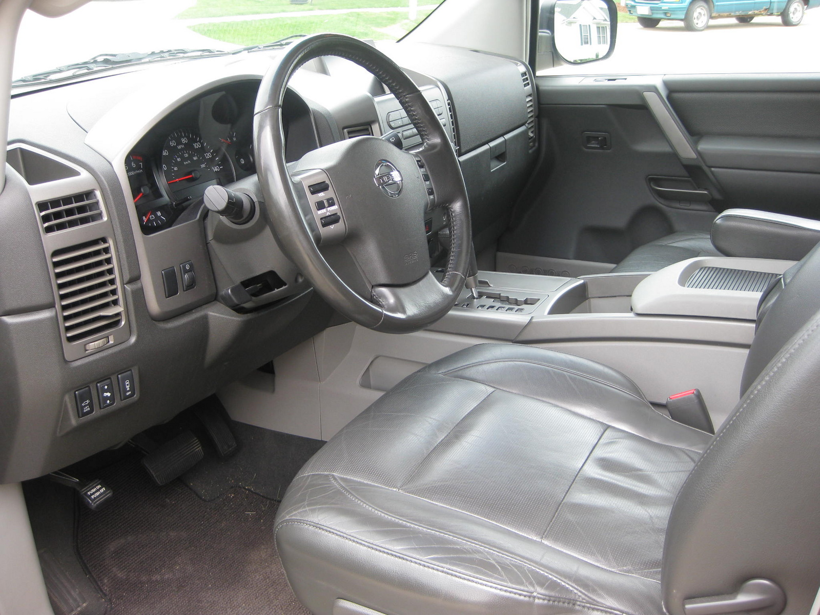2010 nissan armada interior images reverse search filename 2004nissanarmadale4wd pic 7230136415044326620eg vanachro Gallery