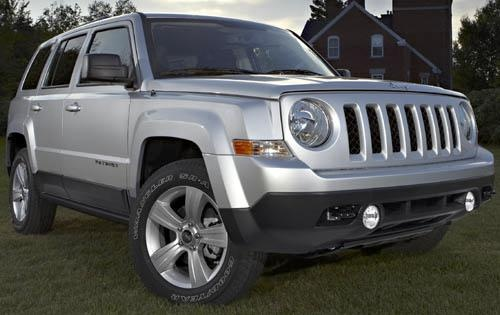 2011 Jeep Patriot, Front Right Quarter View, exterior, manufacturer