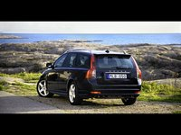 2011 Volvo V50, Illustration photo   Pretty much identical to my new ride, due in March 2011, exterior