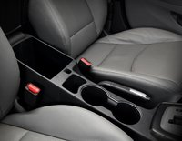2011 Hyundai Elantra, Center Console. , manufacturer, interior