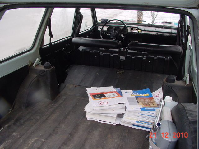 1973 Renault 12, Lot of space in the trunk, interior