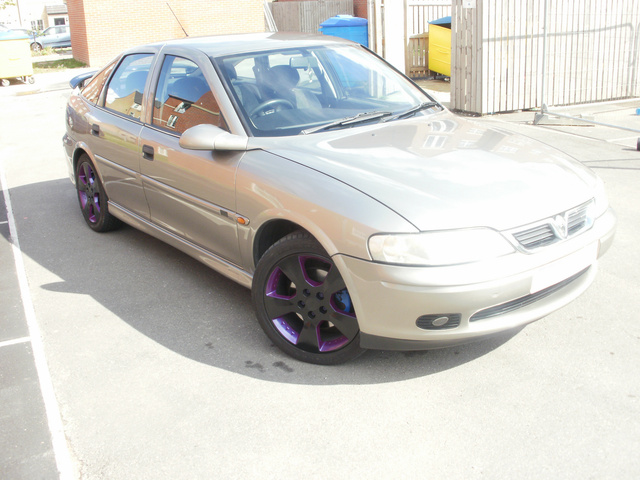 Picture of 1999 Vauxhall Vectra
