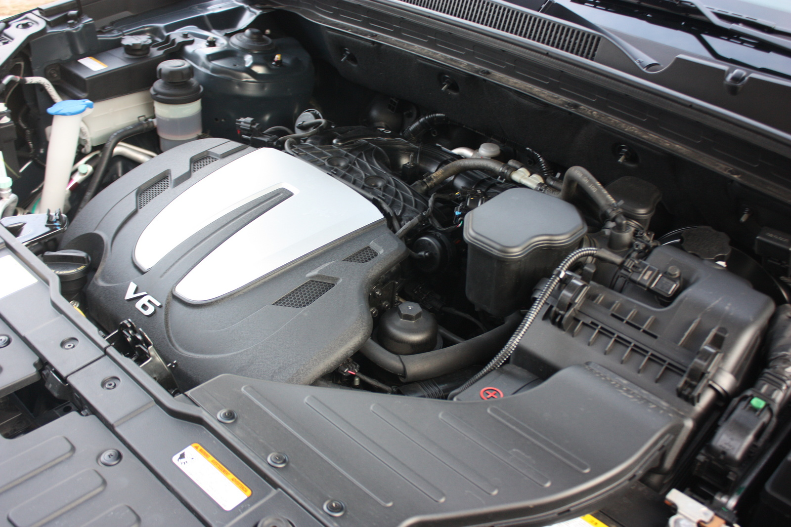 Picture of 2011 Kia Sorento EX V6 4WD, engine