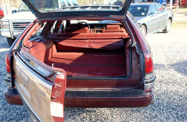 1996 Buick Roadmaster Estate Wagon. Picture of 1991 Buick