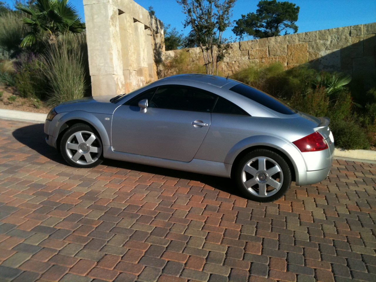 Audi tt 18 t quattro 2dr 225 coupe review