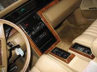 Picture of 1982 Lincoln Continental, interior