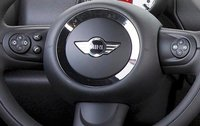 2011 MINI Countryman, Steering wheel with close-up on controls., interior, manufacturer