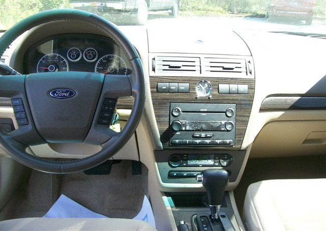 2007 Ford Fusion Interior Images & Pictures - Becuo