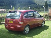 2001 Renault Scenic Overview
