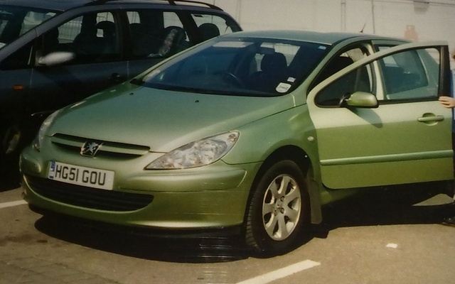 Picture of 2001 Peugeot 307