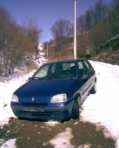 Picture of 1997 Renault Clio, exterior