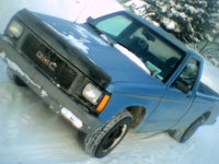 1993 GMC Sonoma 2 Dr SLE Standard Cab LB, It's got a K&N air filter coupled with a Cherry Bomb Muffler W/O CAT , exterior, gallery_worthy