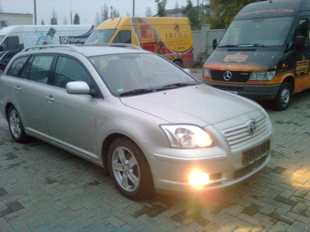 Picture of 2003 Toyota Avensis