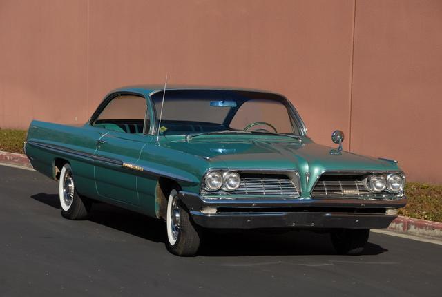 1961 Pontiac Bonneville, Original paint, low mileage 1961 Bonneville Sport Coupe., exterior
