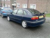 2000 Renault Laguna Overview