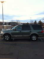 2004 Ford Expedition Eddie Bauer 4WD, Side View of Car , exterior