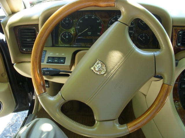 Picture of 1996 Jaguar XJ-Series Vanden Plas Sedan, interior, gallery_worthy