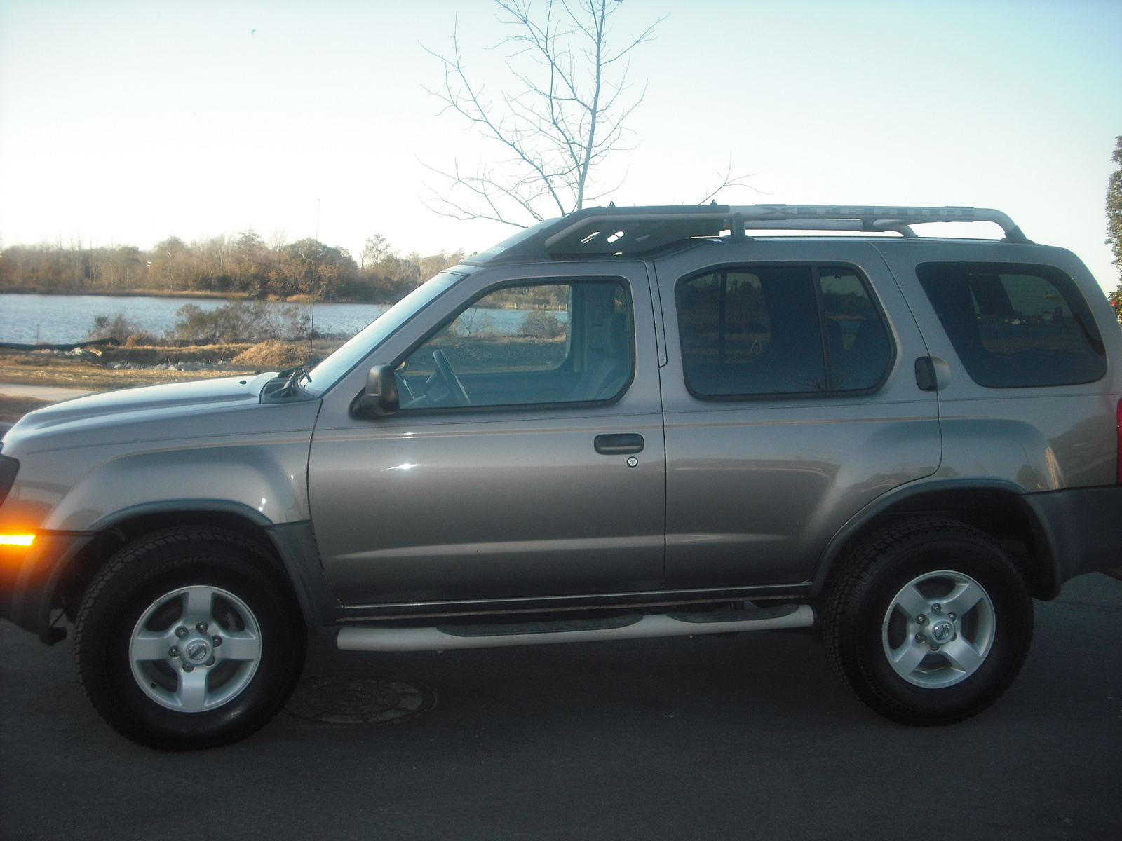 2004 Nissan Xterra - Pictures