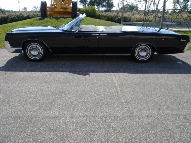 1967 Lincoln Continental picture