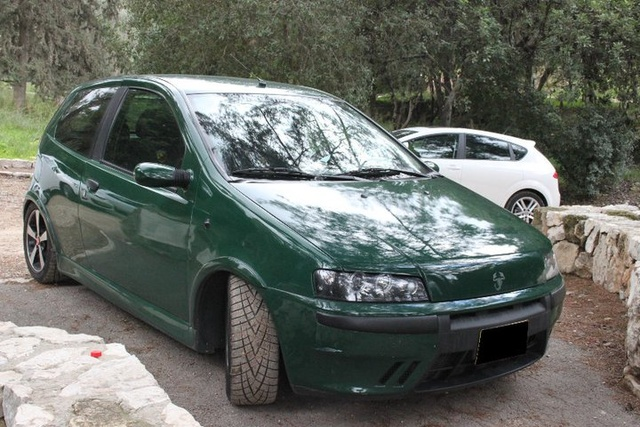 Picture of 2001 Fiat Punto