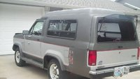 1986 Ford Bronco II, 1986 Bronco II PLUS this has 66000 original miles, exterior