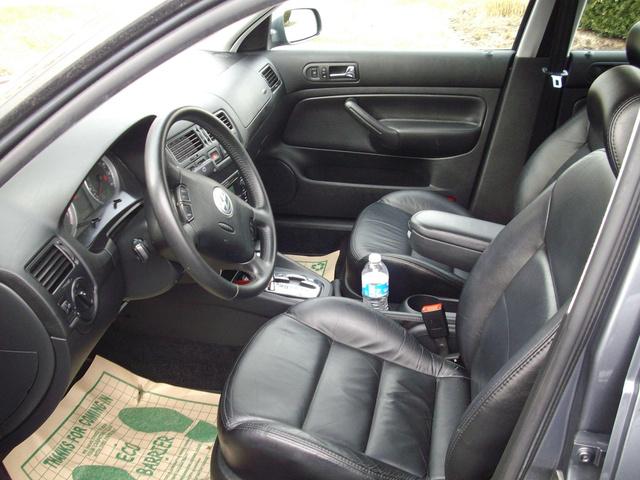 2006 Volkswagen Jetta 2.5 >> 2004 Volkswagen Jetta - Interior Pictures - CarGurus