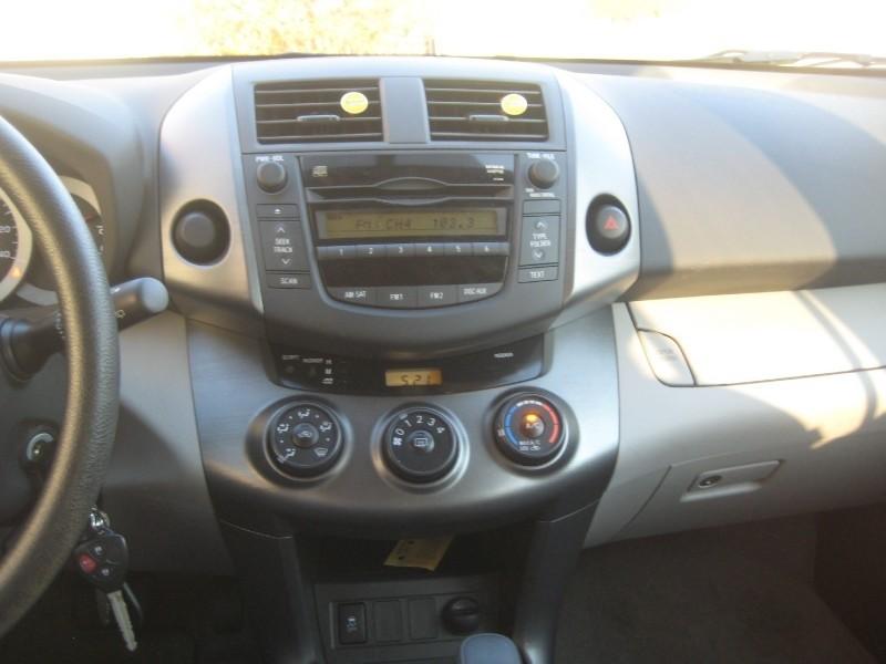 2010 Toyota RAV4 Limited V6 4WD - Pictures - 2010 Toyota RAV4 Limited ...