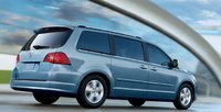 2011 Volkswagen Routan, Back quarter view. , exterior, manufacturer